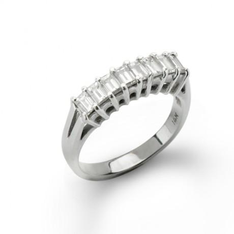 טבעת יהלומים בגט