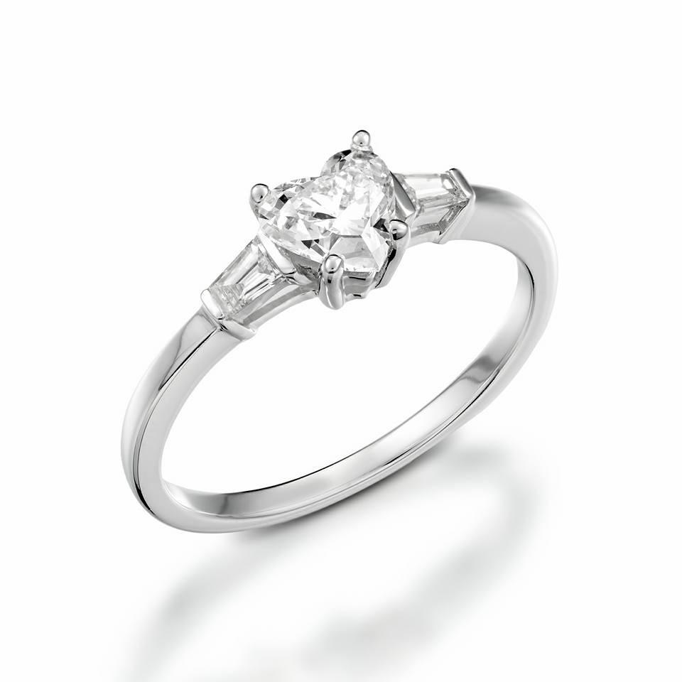 טבעת אירוסין יהלום לב