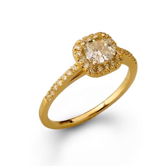 טבעת אירוסין יהלום קושן